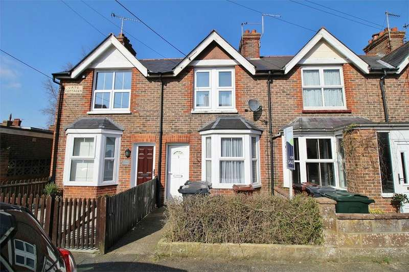 2 Bedrooms Terraced House for sale in Vernon Road, Uckfield, East Sussex