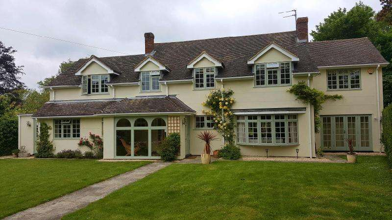 5 Bedrooms Detached House for sale in Brookfield, Berrick Salome, Wallingford, Oxfordshire