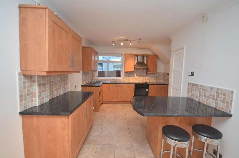 3 Bedrooms Semi Detached House for sale in Throckley