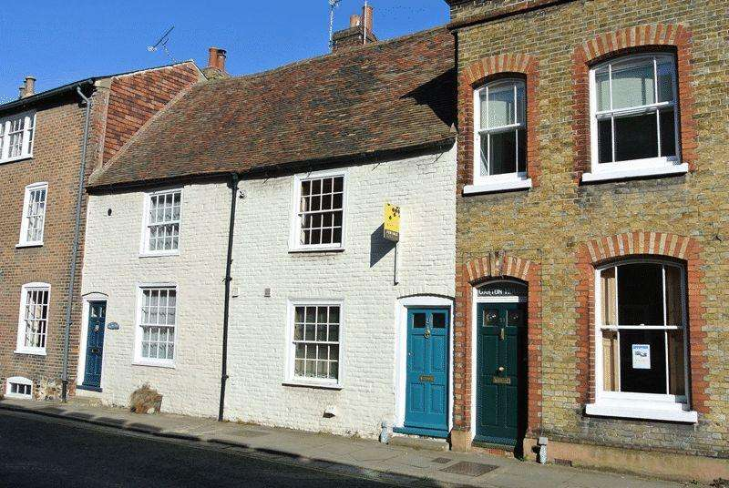 2 Bedrooms Terraced House for sale in High Street, Sandwich