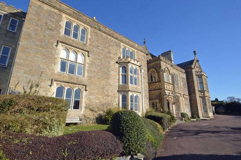 2 Bedrooms Flat for sale in Stunning hall floor Grade II listed building in Clevedon