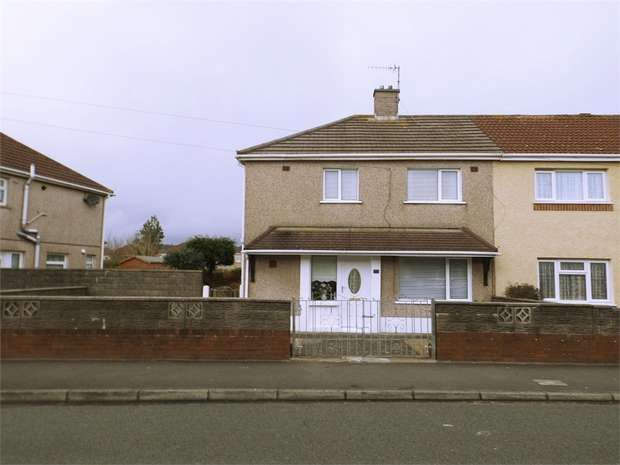 3 Bedrooms Semi Detached House for sale in Fairway, Sandfields, Port Talbot, West Glamorgan
