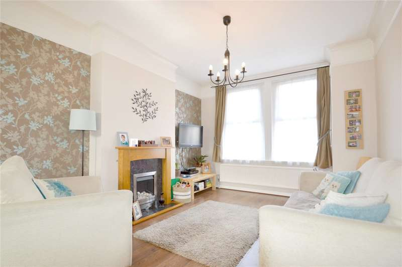 3 Bedrooms Terraced House for sale in Dalmally Road, Croydon