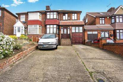 4 Bedrooms Semi Detached House for sale in Kingsbury Road, London