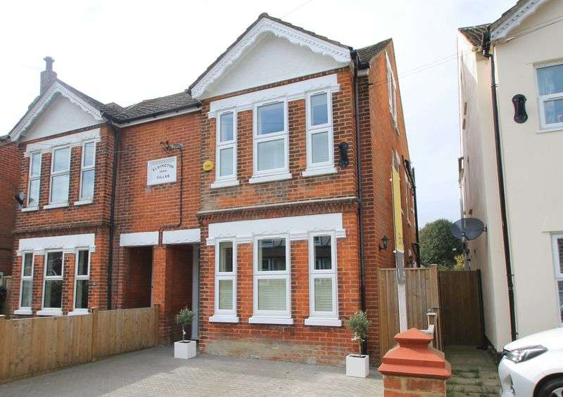 4 Bedrooms Semi Detached House for sale in Station Road, Lyminge - NO CHAIN