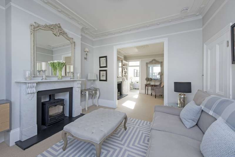 5 Bedrooms Terraced House for sale in Honeywell Road, Battersea, London
