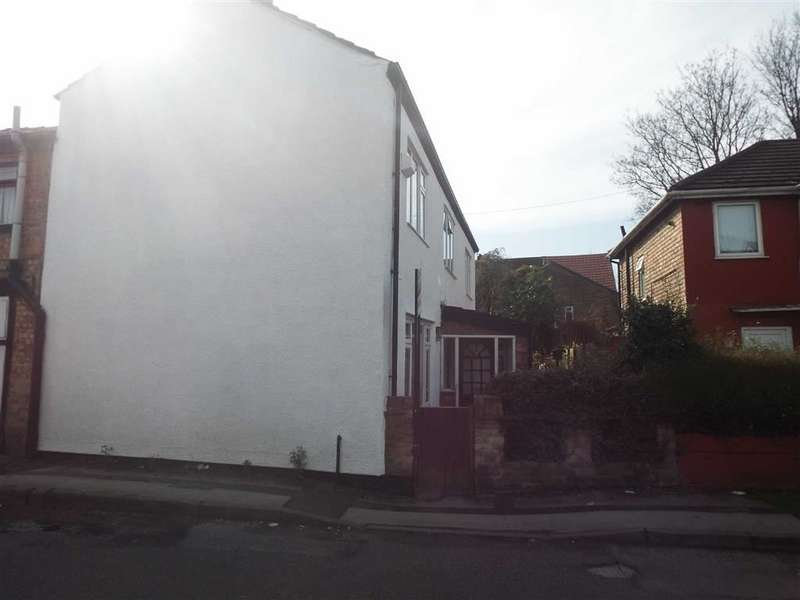 3 Bedrooms Property for sale in Griffin Street, Salford