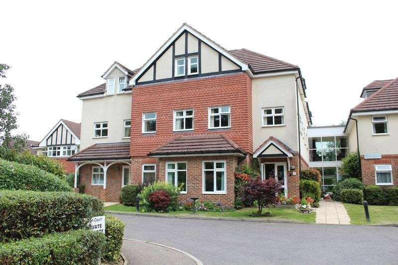 2 Bedrooms Flat for sale in Limpsfield Road, Warlingham, Surrey