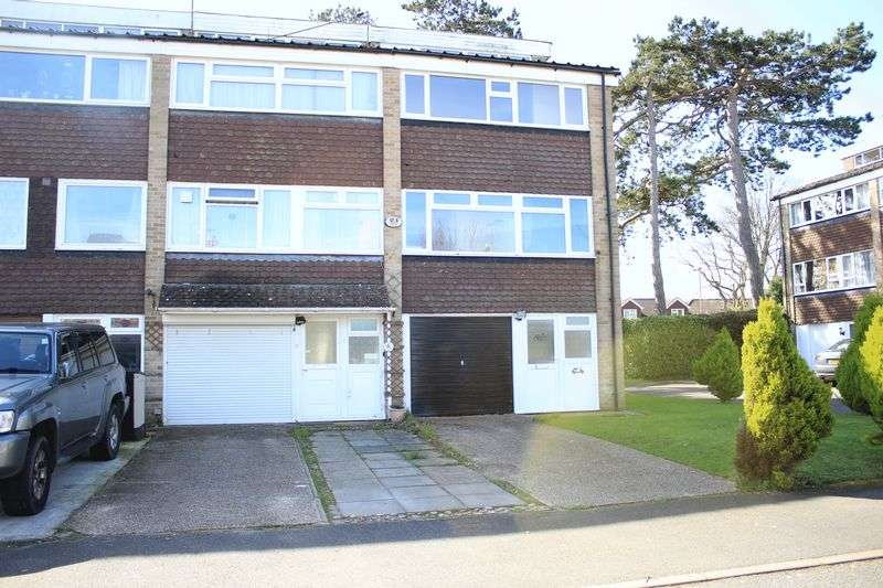 3 Bedrooms Terraced House for sale in The Wicket, Southampton