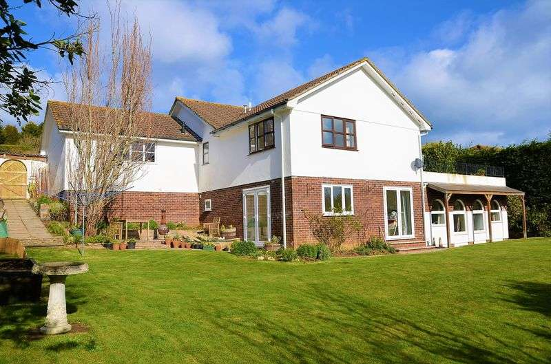 4 Bedrooms House for sale in BALA BROOK CLOSE, BRIXHAM