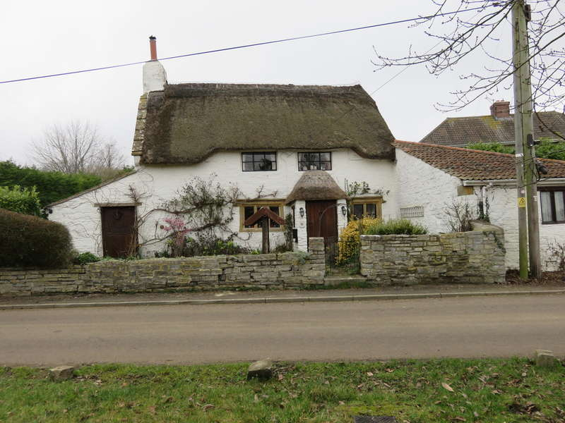 4 Bedrooms Cottage House for sale in Bineham Road, Knole, Langport