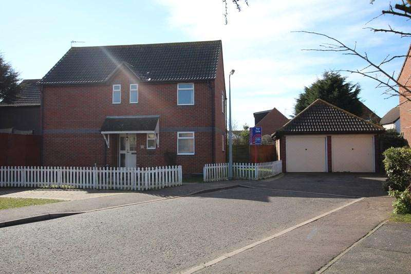 4 Bedrooms Detached House for sale in Plymouth Road, Clacton-On-Sea