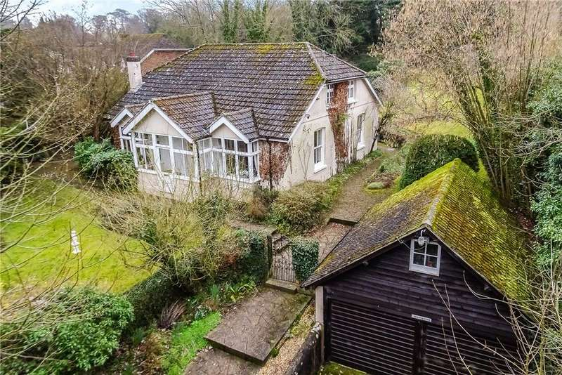 4 Bedrooms Detached House for sale in Chilbolton, Stockbridge, Hampshire, SO20