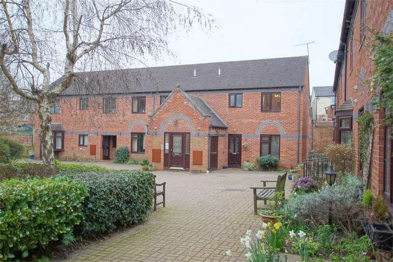 1 Bedroom Retirement Property for sale in Priory Walk, Cross Street, Warwick, Warwickshire