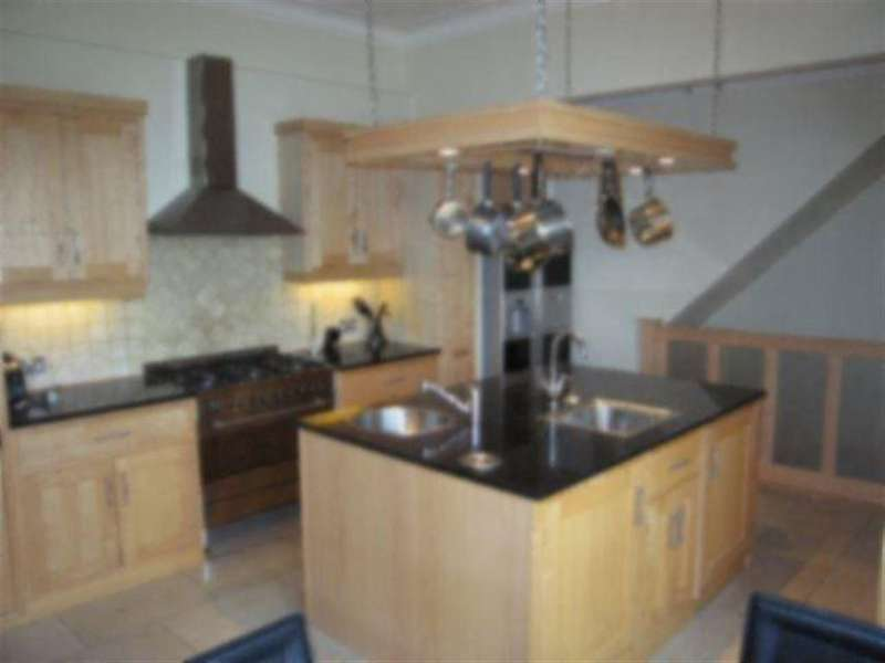 3 Bedrooms Apartment Flat for rent in 128a Abbey Lane, Beauchief, Sheffield, S8 0BQ