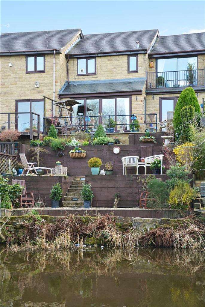 3 Bedrooms Terraced House for sale in Airedale Quay, Rodley
