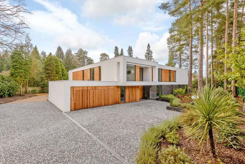 6 Bedrooms Detached House for sale in Hummingbird, Spring Woods, Virginia Water