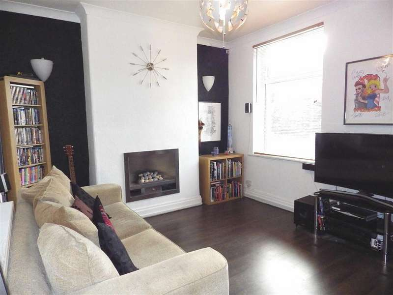 2 Bedrooms Terraced House for sale in Greenfield Street, Rawtenstall, Rossendale, Lancashire, BB4