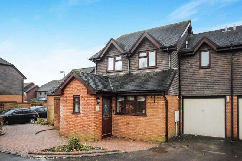 3 Bedrooms Semi Detached House for sale in BISHOPS MEAD, LAVERSTOCK, SALISBURY, SP1