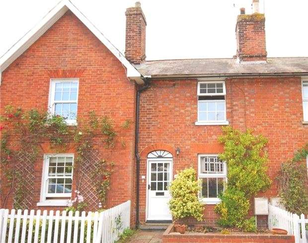 2 Bedrooms Terraced House for sale in Chevening Road, Chipstead, SEVENOAKS, Kent, TN13 2SA