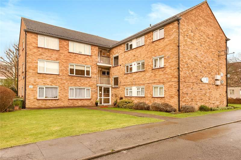 2 Bedrooms Apartment Flat for sale in Wellington House, Rodwell Close, Ruislip, Middlesex, HA4