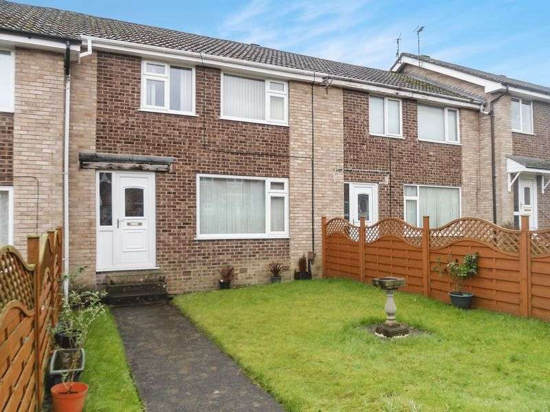 3 Bedrooms Terraced House for sale in 6 Exeter Crescent, Harrogate, HG3 2TF