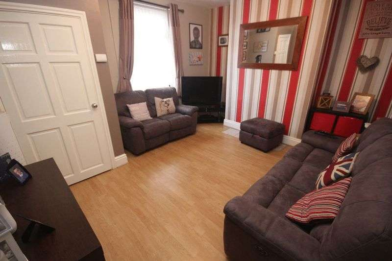 2 Bedrooms Terraced House for sale in Tetlow Street, Middleton M24 1BG