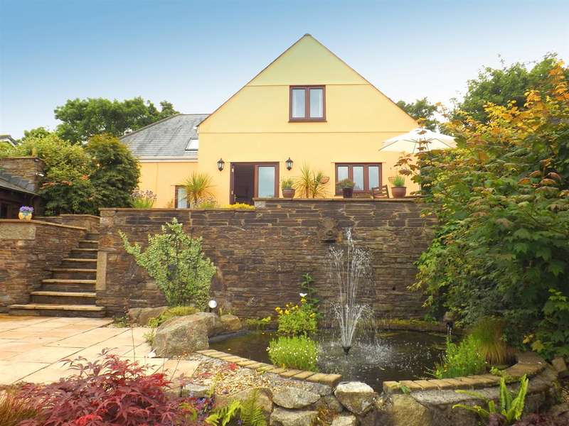 4 Bedrooms Detached House for sale in The Orange House, Hollacombe Brake, Wembury, Plymouth