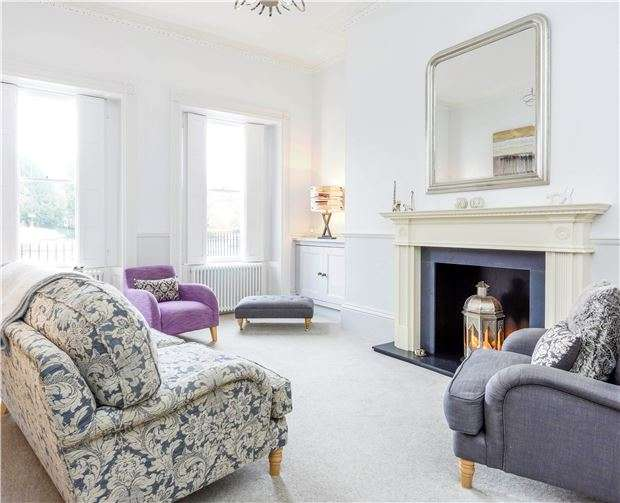 2 Bedrooms Maisonette Flat for sale in Vane Street, BATH, Somerset, BA2