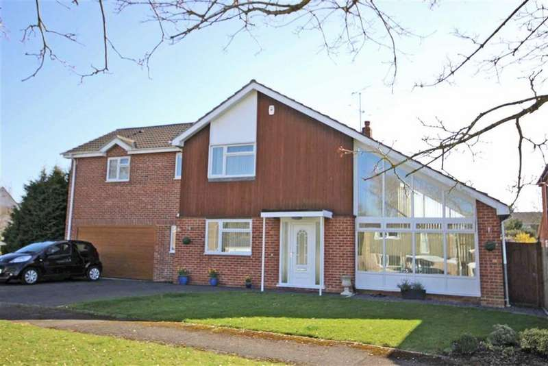 4 Bedrooms Detached House for sale in Merestones Drive, The Park, Cheltenham, GL50