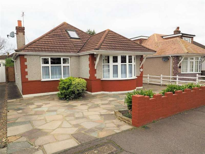4 Bedrooms Detached Bungalow for sale in Bedonwell Road, Bexleyheath