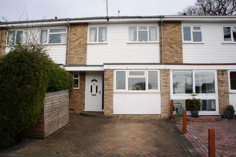 3 Bedrooms Terraced House for sale in Fairfield Road, Leigh-on-Sea SS9
