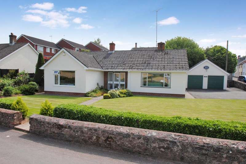 3 Bedrooms Bungalow for sale in Masons Square, Wiveliscombe