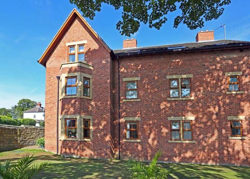 2 Bedrooms Apartment Flat for sale in Woodlands Croft, Sandal