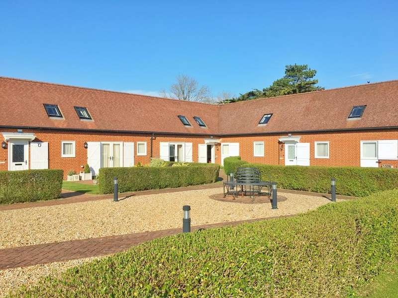 3 Bedrooms Terraced House for sale in The Stud Farm Stables, Gainsborough Lane, Polegate, BN26