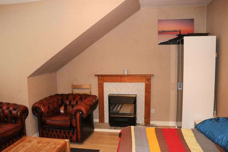 2 Bedrooms Flat for sale in City Road, Dundee