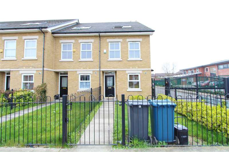 4 Bedrooms Terraced House for sale in Kenmore Road, Kenton