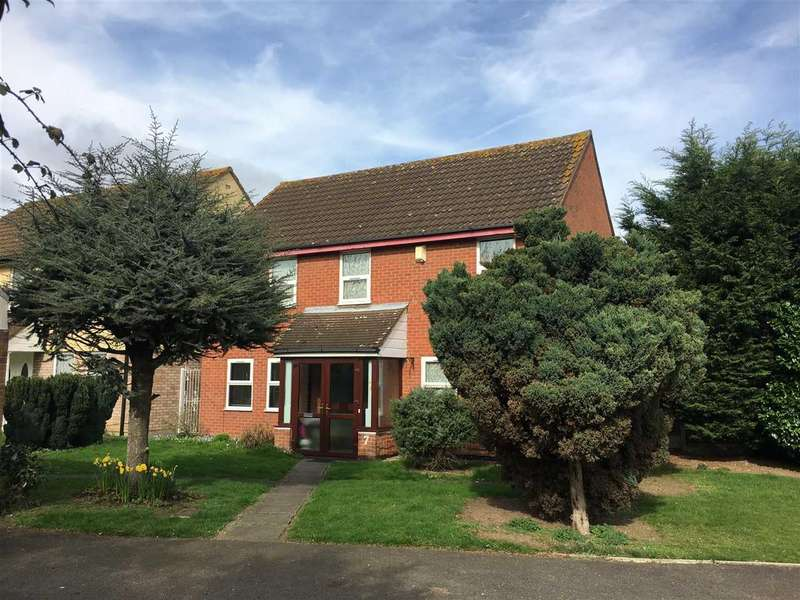 6 Bedrooms Detached House for sale in Garland Way, Hornchurch
