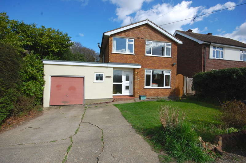 3 Bedrooms Detached House for sale in Private Road, Galleywood, Chelmsford, CM2