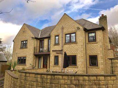 5 Bedrooms Detached House for sale in Mottram Road, Stalybridge, Greater Manchester