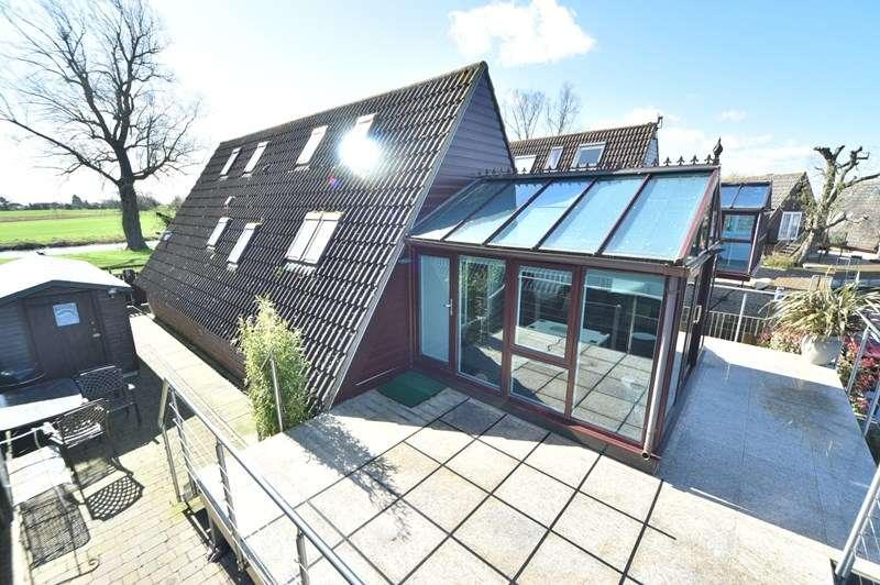 1 Bedroom Detached Bungalow for sale in Lakeside, Isleham