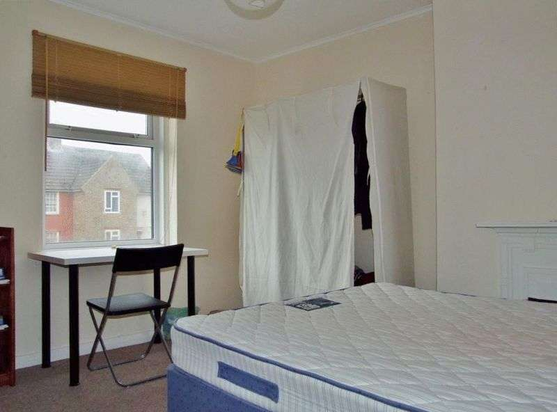 5 Bedrooms Terraced House for rent in Newick Road, Brighton
