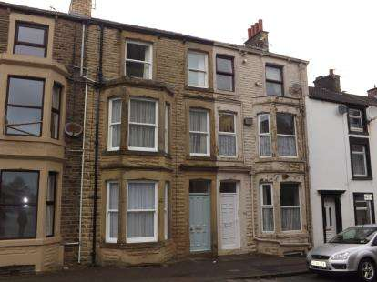 1 Bedroom Flat for sale in Clark Street, Morecambe, Lancashire, United Kingdom, LA4