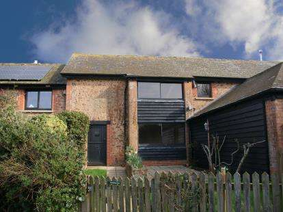 2 Bedrooms Barn Conversion Character Property for sale in Budleigh Salterton, Devon