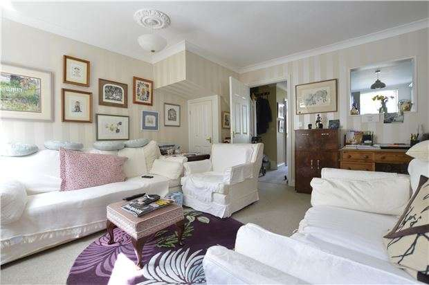 3 Bedrooms Terraced House for sale in Gensing Road, ST LEONARDS, East Sussex, TN38