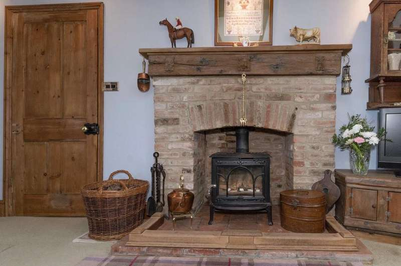 3 Bedrooms Cottage House for sale in Sproxton, York