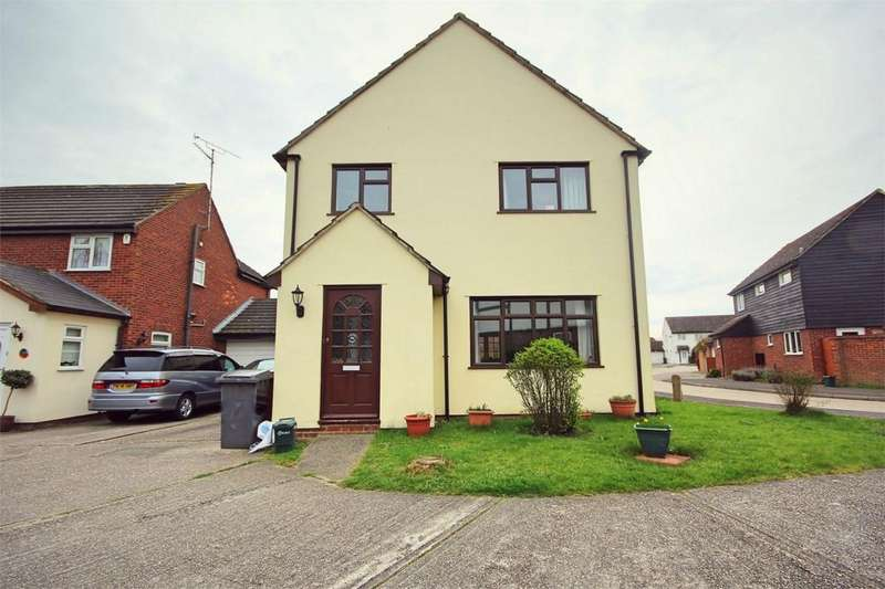 5 Bedrooms Detached House for sale in Menish Way, CHELMSFORD, Essex