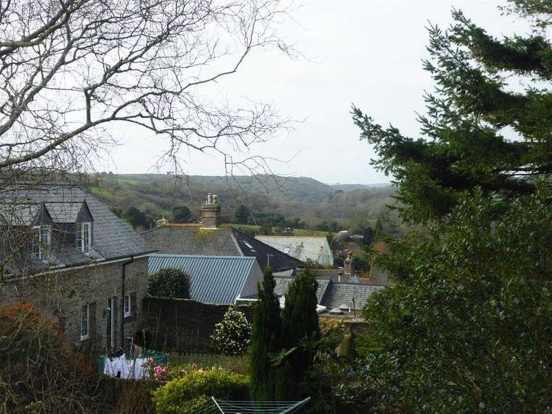 4 Bedrooms Terraced House for sale in Tregony