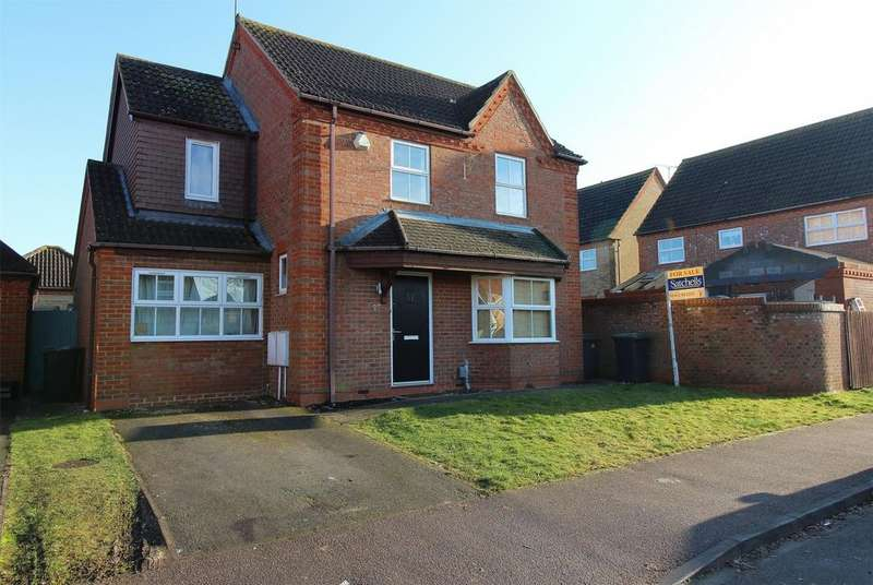 4 Bedrooms Detached House for sale in Roosevelt Avenue, Shefford, Bedfordshire