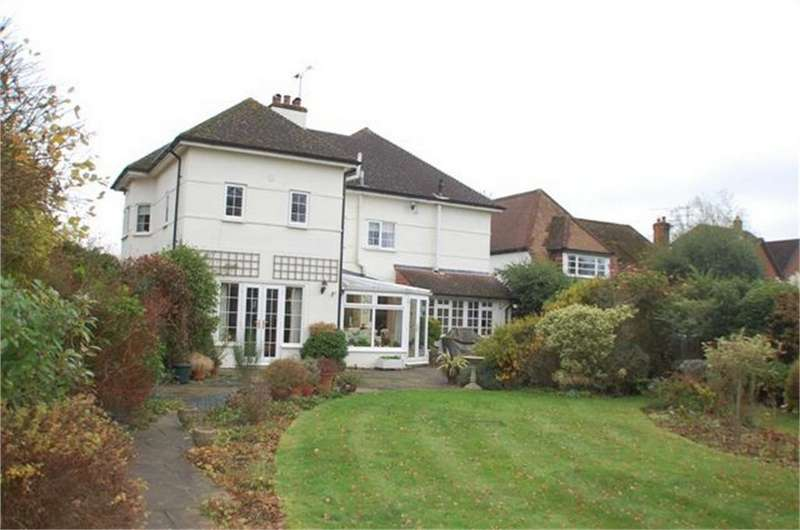 4 Bedrooms Detached House for sale in Rabley Heath, Welwyn, Hertfordshire